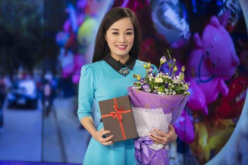 """""""Vàng Anh"""" Minh Hương tặng quà cho chồng và bạn trai thân - 2"""