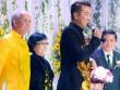 Mr Đàm xuất hiện cùng mẹ trong lễ cưới của em gái
