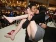 Nóng bỏng cuộc thi hôn của giới trẻ Trung Quốc