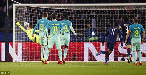 Chùm ảnh đại chiến PSG - Barca: Pressing đỉnh cao - 7