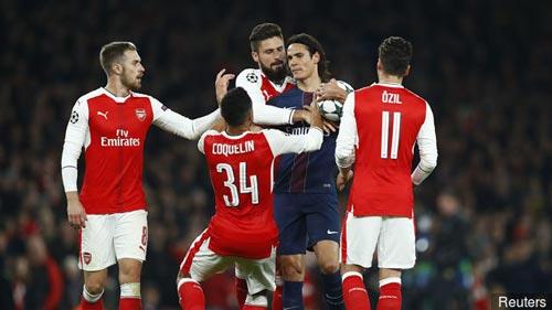 Arsenal đấu Bayern: Thành bại ở bài toán Ozil - Sanchez - 2