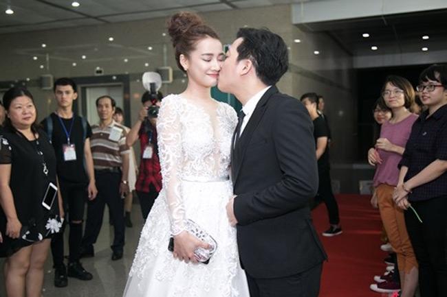 Trường Giang và Nhã Phương là một trong những cặp sao giành được sự quan tâm rất lớn của người hâm mộ.