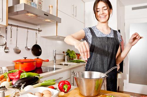 10 sai lầm phổ biến nhưng cực kỳ nguy hiểm khi nấu ăn - 1