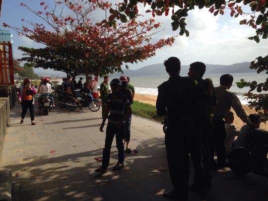 Tắm biển Quy Nhơn, 2 sinh viên mất tích - 3