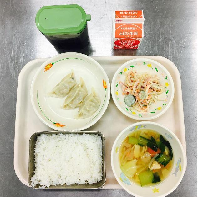 Bữa trưa của trẻ em khắp thế giới có những món gì? - 3