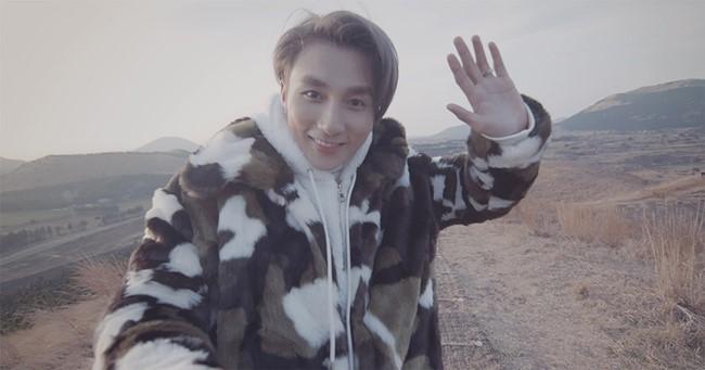 """Style thời trang gây """"bão view"""" của Sơn Tùng trong MV mới - 3"""