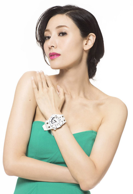 """Hoa hậu đẹp nhất Hương cảng khét tiếng """"sát"""" đại gia - 8"""