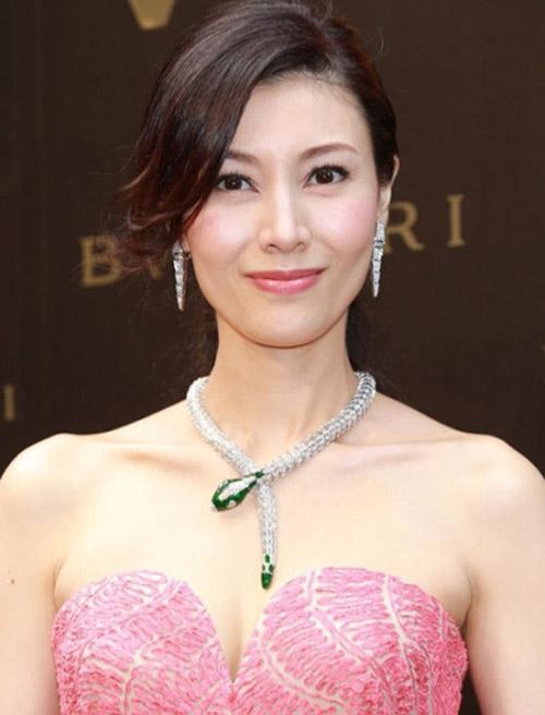"""Hoa hậu đẹp nhất Hương cảng khét tiếng """"sát"""" đại gia - 9"""