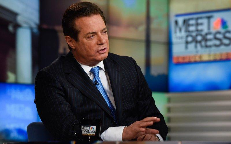 CNN: Trợ lý thân cận Trump thường xuyên liên lạc với Nga? - 2