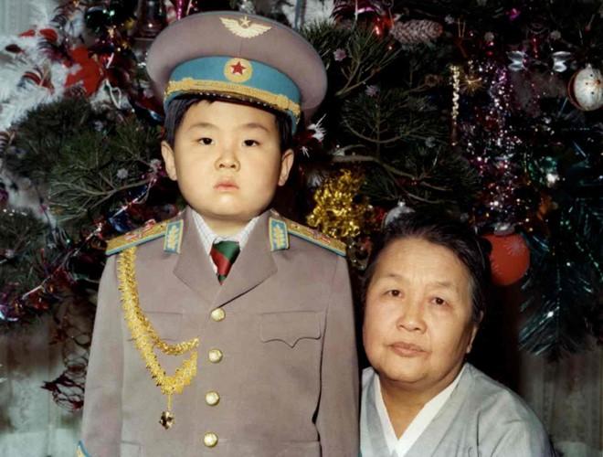 Anh em của nhà lãnh đạo Kim Jong-un có những ai? - 1