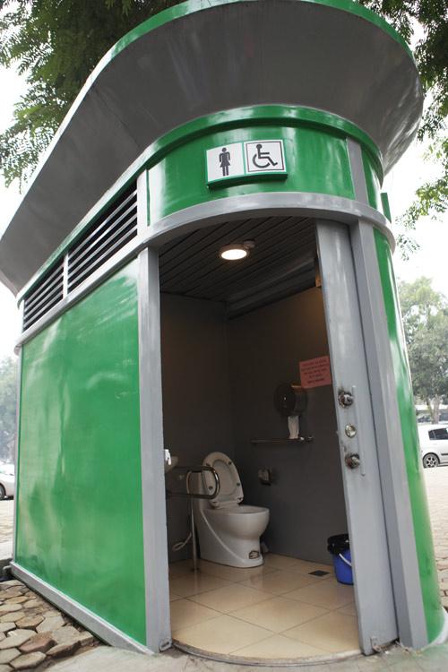 Tè bậy ngay gần nhà vệ sinh siêu sạch giữa Thủ đô - 5