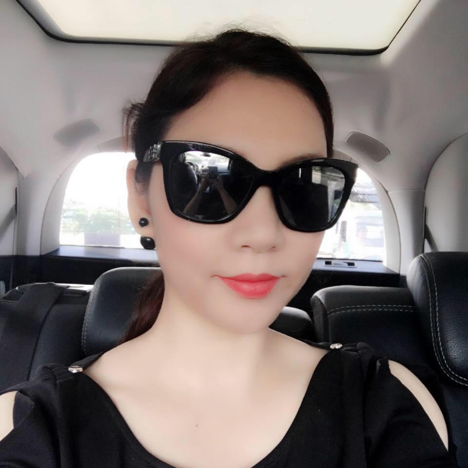 Chị gái xinh đẹp, đi khắp nơi của Hồ Quỳnh Hương - 11