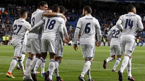 Real thắng Napoli 3-1 ở lượt đi: Đừng có mừng sớm - 1
