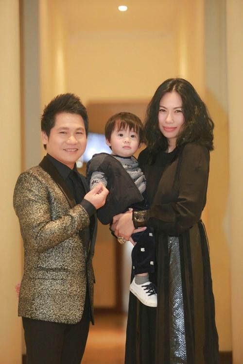 Nhan sắc người vợ bí mật của ca sĩ Tùng Dương - 3