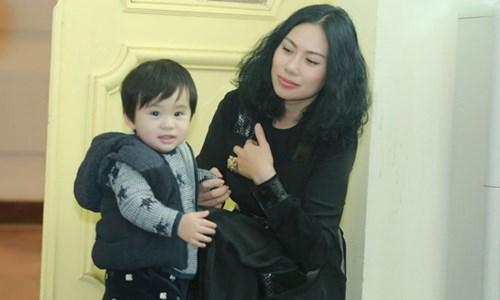 Nhan sắc người vợ bí mật của ca sĩ Tùng Dương - 4