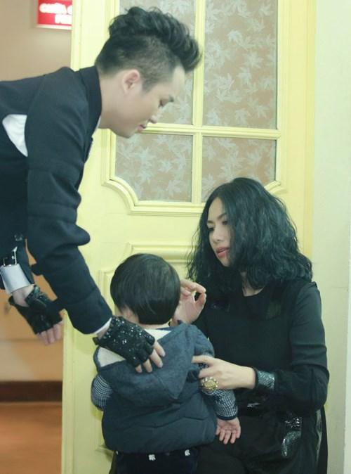 Nhan sắc người vợ bí mật của ca sĩ Tùng Dương - 6