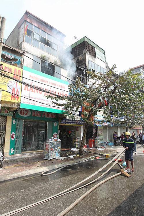 Cháy rụi chuồng cọp 3 tầng giữa Thủ đô, cả khu phố náo loạn - 2