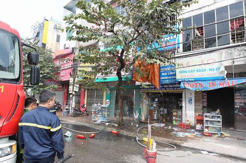 Cháy rụi chuồng cọp 3 tầng giữa Thủ đô, cả khu phố náo loạn - 5