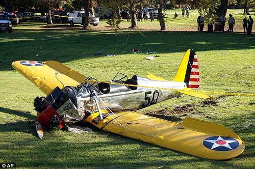 """Sao """"Star War"""" lái máy bay đâm vào Boeing - 3"""