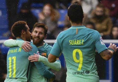 """""""Tam tấu"""" hay nhất châu Âu: Bộ ba Barca hết thời - 1"""