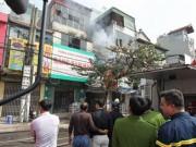 Tin tức trong ngày - Cháy rụi chuồng cọp 3 tầng giữa Thủ đô, cả khu phố náo loạn