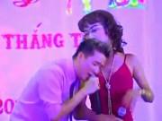 """Đời sống Showbiz - Giật mình cát-xê """"trên trời"""" khi hát đám cưới của danh hài, sao Việt"""