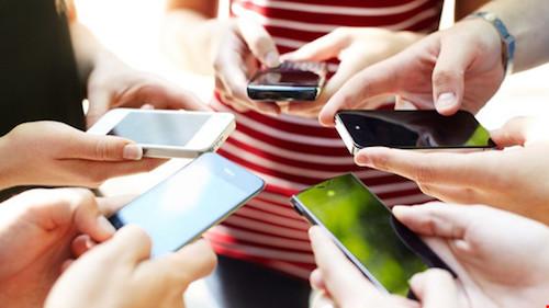 Smartphone đang hủy hoại cuộc sống như thế nào? - 1