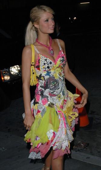 """Paris Hilton có lúc cũng diện """"không xứng tầm"""" - 2"""