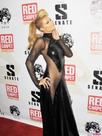 """Paris Hilton có lúc cũng diện """"không xứng tầm"""" - 8"""