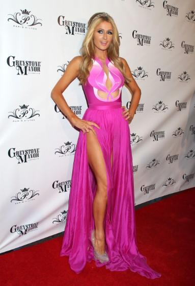 """Paris Hilton có lúc cũng diện """"không xứng tầm"""" - 10"""