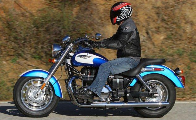 Top 10 mô tô dành cho người khiêm tốn chiều cao - 5