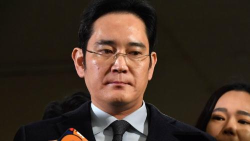 CHÍNH THỨC: Phó chủ tịch Samsung, Lee Jae Yong bị bắt - 1