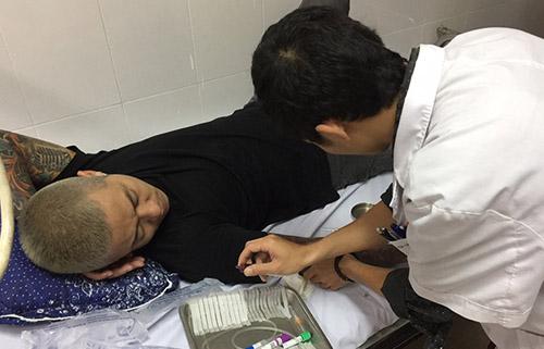 Tuấn Hưng bất ngờ phải nhập viện cấp cứu - 3
