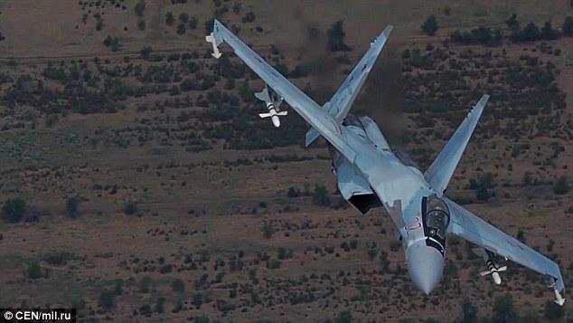 """Nga tung video máy bay """"át vía"""" mọi chiến đấu cơ Anh, Mỹ - 1"""