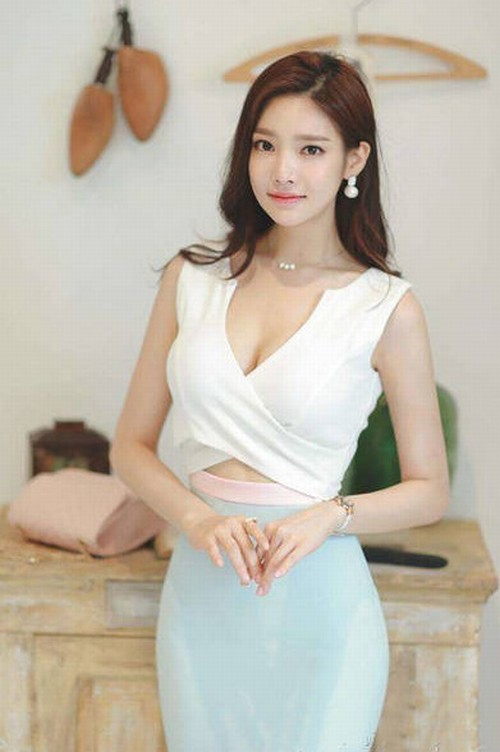 10 bóng hồng hot nhất trên Facebook Hàn Quốc tuần qua - 7