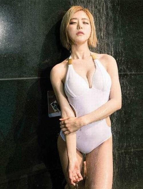 10 bóng hồng hot nhất trên Facebook Hàn Quốc tuần qua - 9