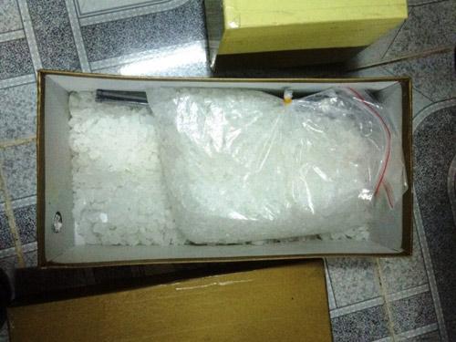 """Bắt đối tượng có 2 """"kho"""" chứa ma túy ở Sài Gòn - 2"""