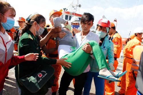 Tàu cá nổ trên biển Vũng Tàu: 9 người trong gia đình gặp nạn - 3