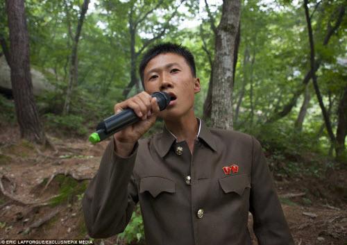 Ảnh: Người dân Triều Tiên làm gì vào ngày nghỉ? - 4