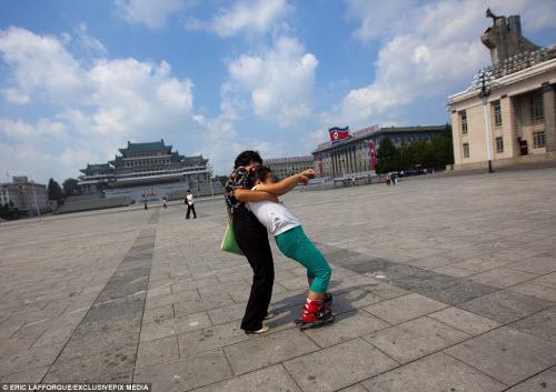 Ảnh: Người dân Triều Tiên làm gì vào ngày nghỉ? - 5