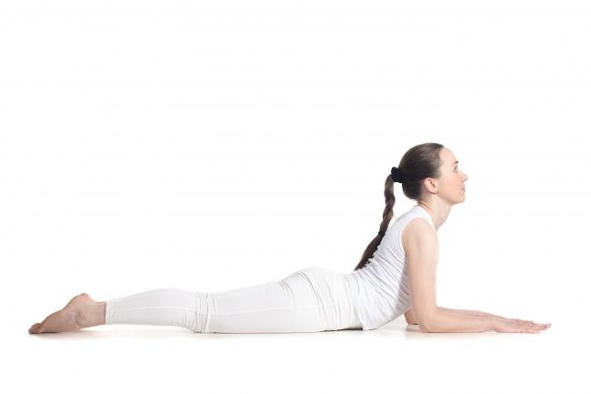 """7 động tác yoga giúp """"núi đôi"""" nuột nà, hấp dẫn - 8"""
