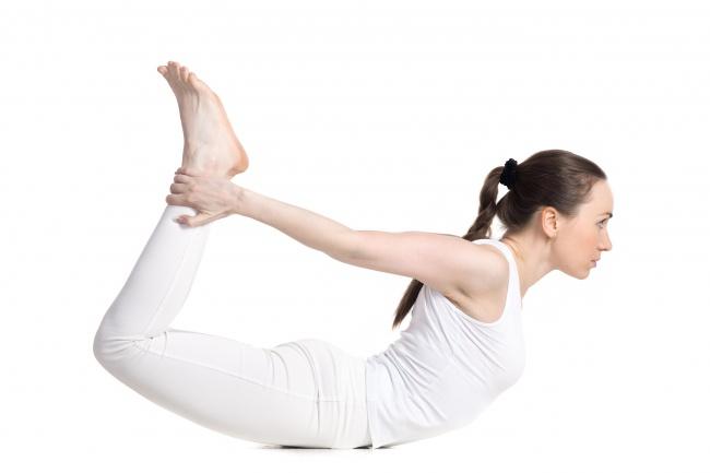 """7 động tác yoga giúp """"núi đôi"""" nuột nà, hấp dẫn - 6"""