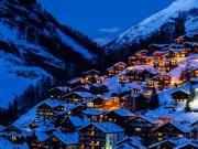 Du lịch - Ngôi làng thần tiên ẩn mình trên đỉnh núi tuyết trắng xóa