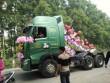 Xôn xao màn rước dâu độc đáo bằng xe đầu kéo ở Thái Nguyên