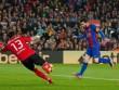 """Barca: Chuỗi ngày sống chật vật nhờ """"ống thở"""" Messi"""
