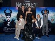 Trẻ con nhà Angelina - Pitt sành điệu hơn theo thời gian