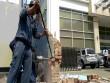 Clip: Quận 1 phá tường chiếm vỉa hè của Bộ Công Thương