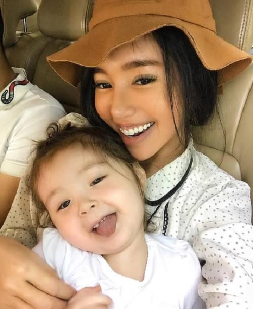 Elly Trần khiến fan ngỡ ngàng với ảnh gái quê thứ thiệt - 2