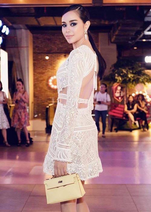"""""""Phát hờn"""" với hoa hậu 9x sở hữu BST túi hiệu cả chục tỷ đồng - 12"""
