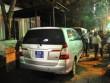 PCT quận 1 cho cẩu 2 xe biển xanh đậu trước quán nhậu